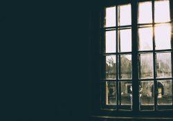 Drzwi wejściowe i wewnętrzne - stalowe czy drewniane - porównanie